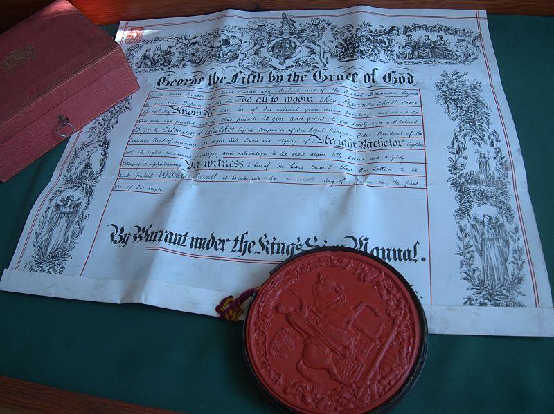 Herbowe dokumenty w pałacu Donnersmarcków
