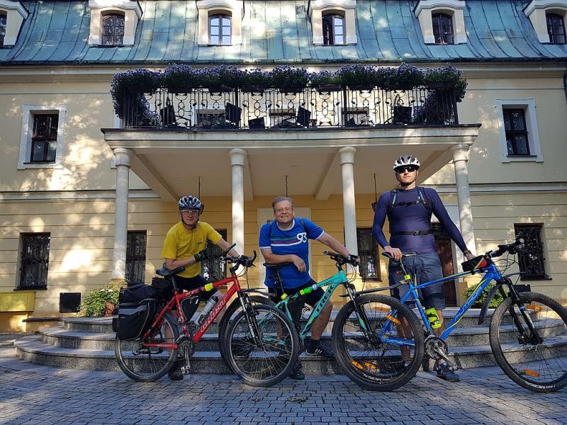 """IV Rajd rowerowy """"Śladami górnośląskiej szlachty"""""""