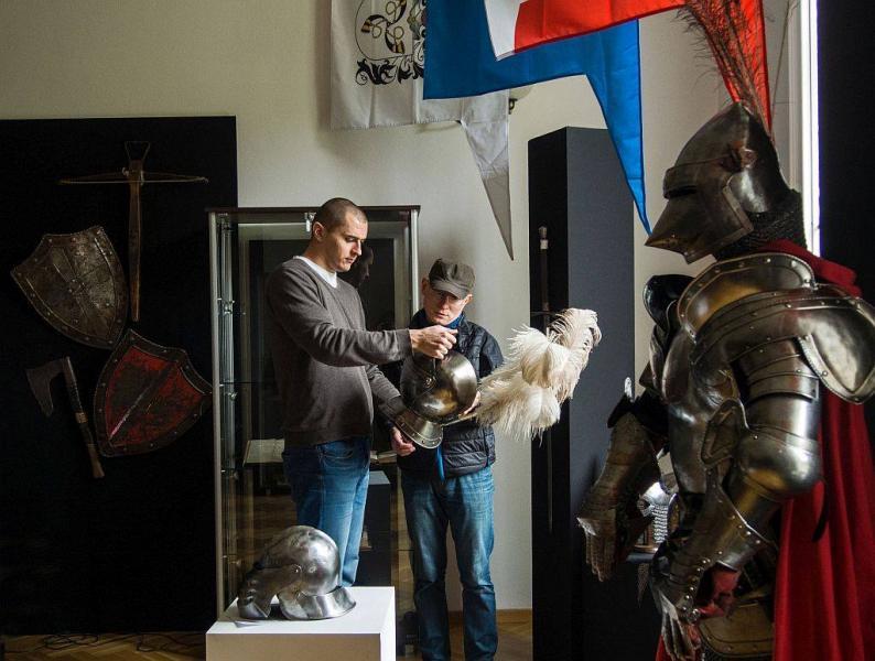 Szable w dłoń, czyli rzecz o polskiej szlachcie